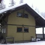 Hazel hut